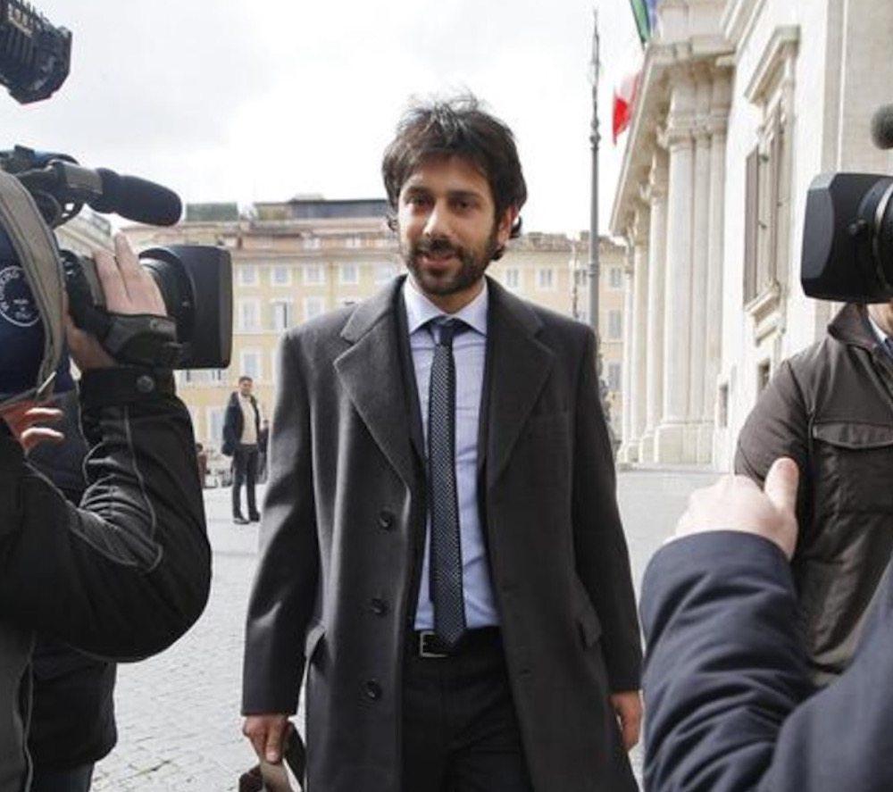 """Contatti con islamisti, Maurizio Gasparri: """"Angelo Tofalo (M5s) sia rimosso dal Copasir"""""""