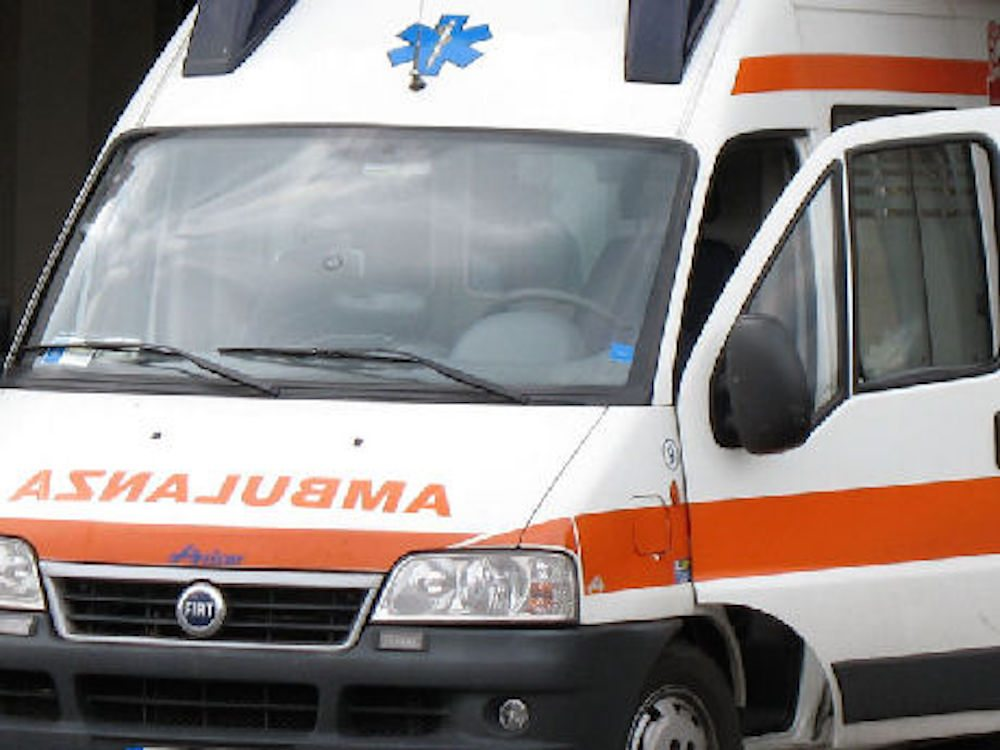 """Bimbo morto a Modena, la madre confessa: """"Non smetteva di piangere, l'ho picchiato"""""""