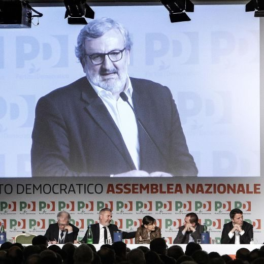 """Pd, è scissione. La minoranza: """"E' Renzi che ha scelto questa strada"""""""