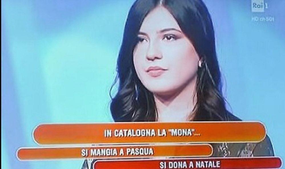 """L'eredità, la domanda imbarazzante sulla """"mona catalana"""""""