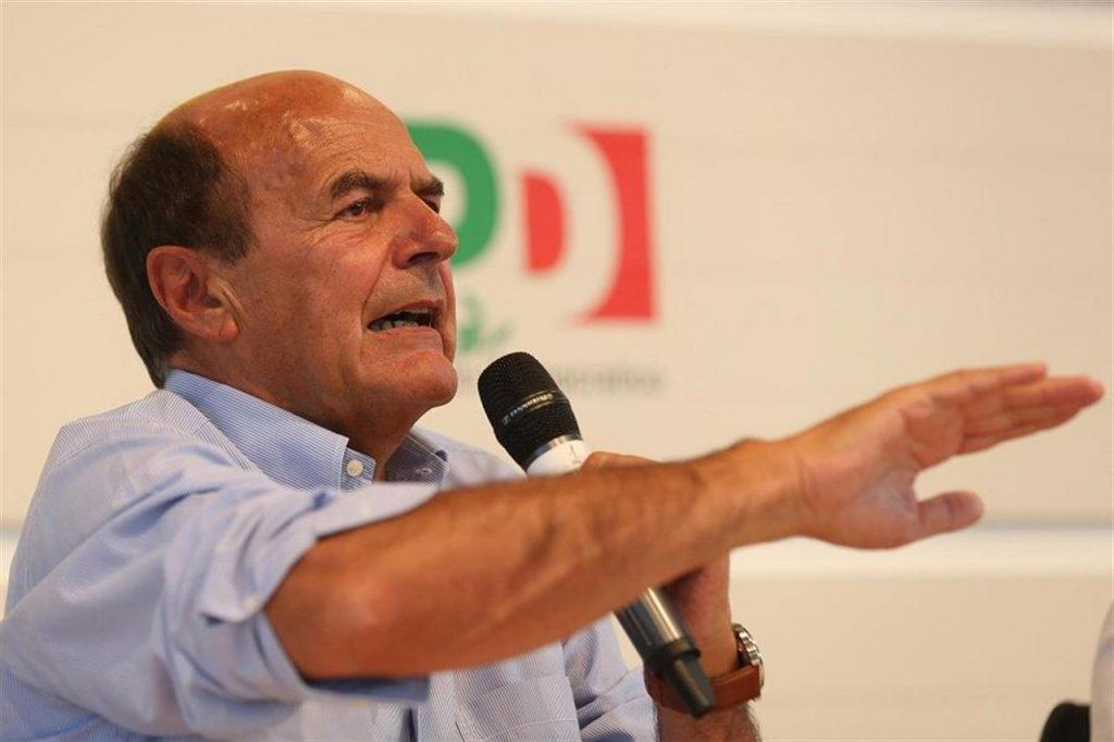 """Pierluigi Bersani: """"Scissione Pd è già avvenuta, siamo ad un bivio serio"""""""