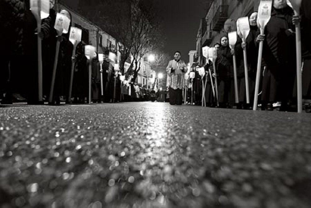 """Processioni pasquali Roma: la tassa M5S, parrocchie in rivolta. """"Scusate, un malinteso..."""""""