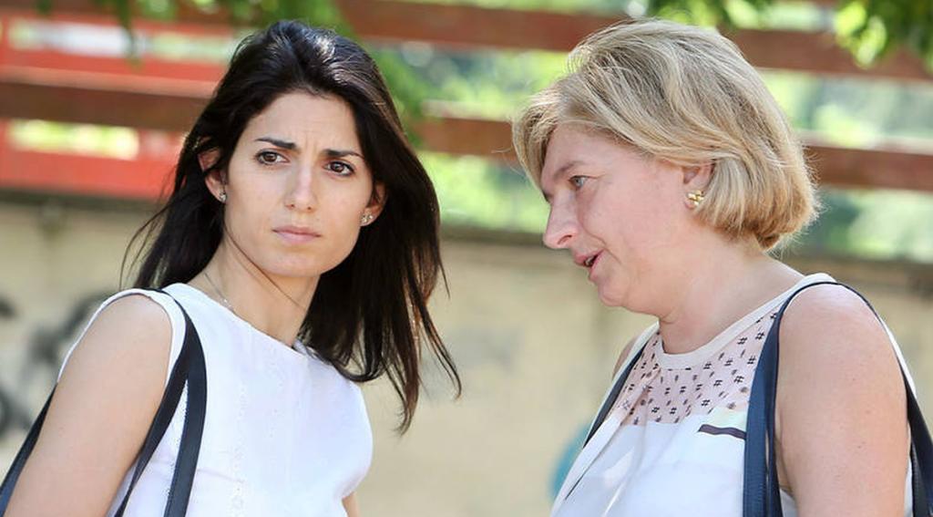 """Paola Muraro attacca: """"Raggi commissariata da gruppi affaristici dentro e fuori M5S"""""""