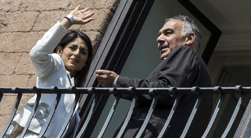 Raggi-Roma divorzio sullo stadio: cori, cortei e radio...