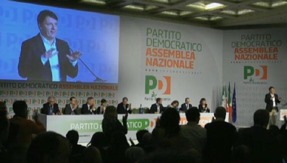 """Pd, Renzi: """"Scissione? Ci prendono per matti"""""""