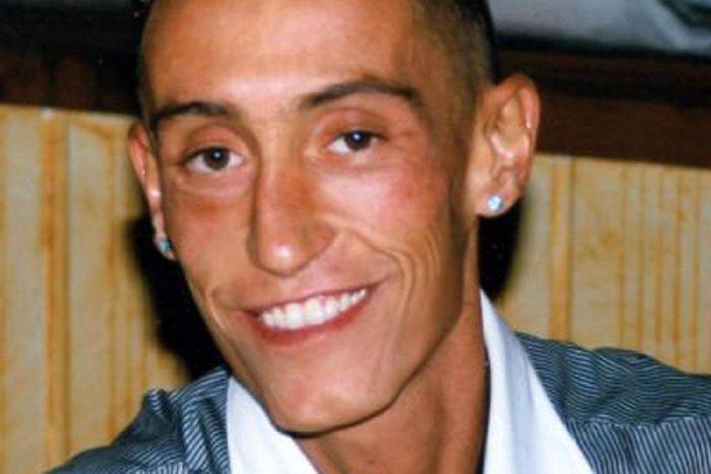 Stefano Cucchi: chiesto processo per 5 carabinieri. 3 per omicidio, 2 per calunnia