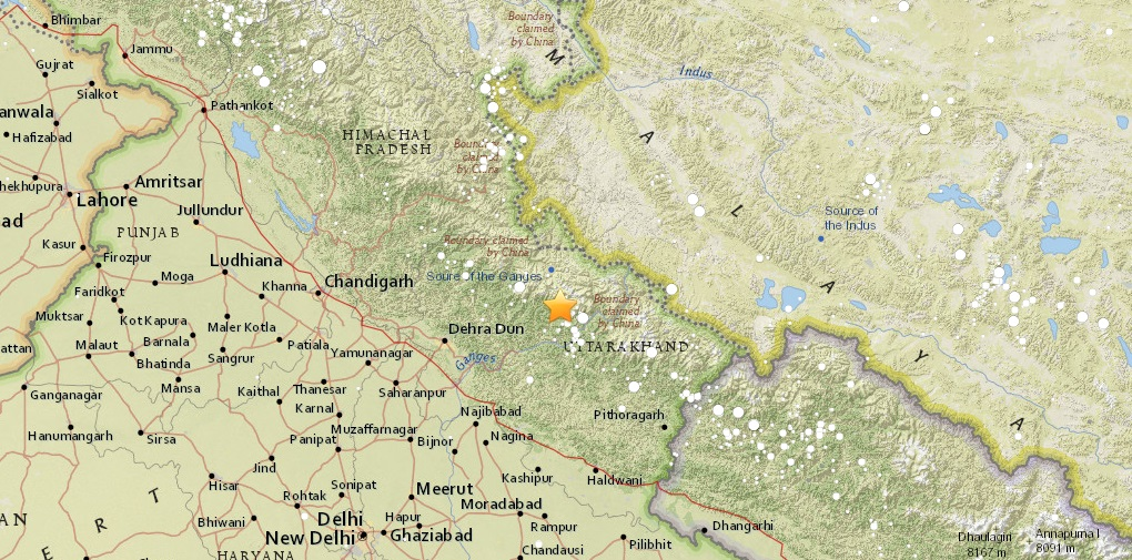 Terremoto India, violenta scossa del 5.6 dal Nepal a New Delhi