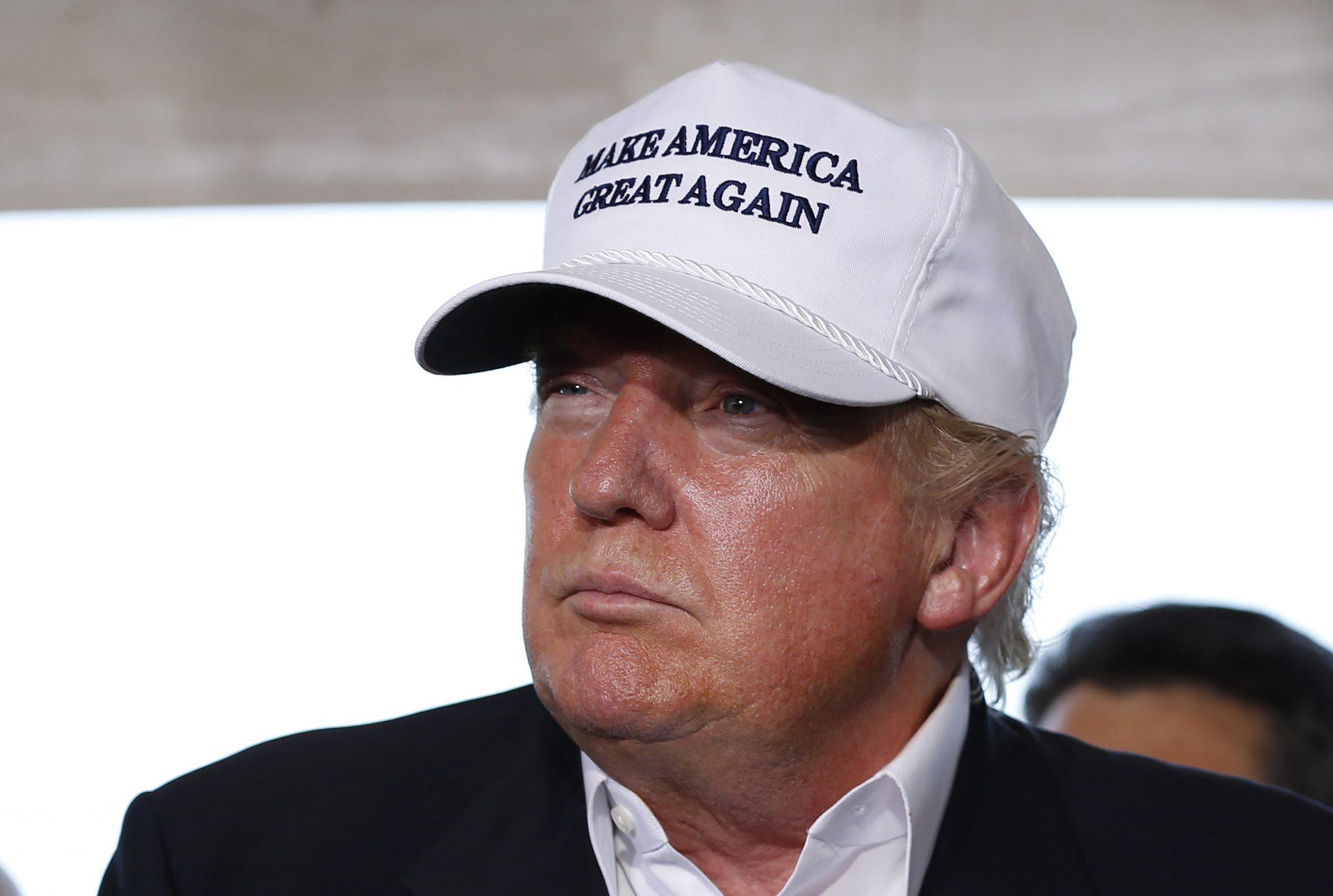Trump, nuova stretta sugli immigrati: poteri alle autorità e arresti più facili