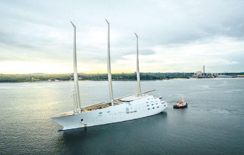 Sailing Yacht A sequestrato a Gibilterra, è lo yacht più grande al mondo