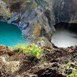 Indonesia, il mistero dei laghi che cambiano colore ogni giorno 3