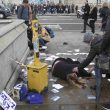 Londra, auto sulla folla e spari fuori dal Parlamento: colpito il presunto assalitore
