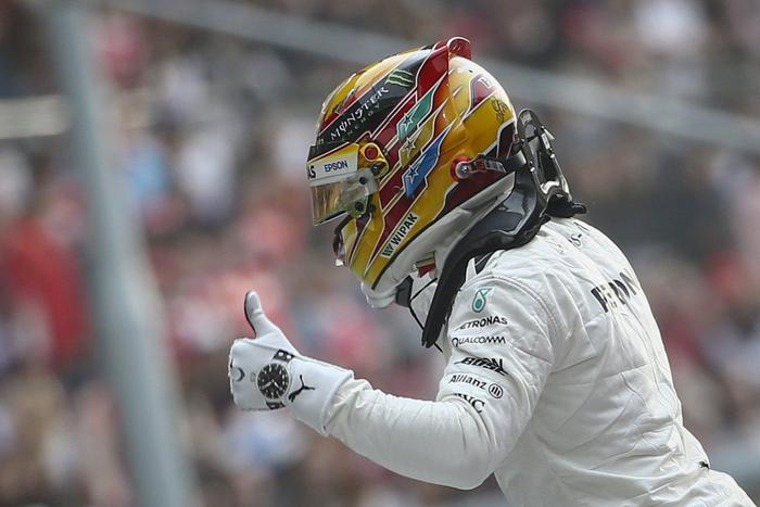 Formula 1, Gp Cina: vince Hamilton, seconda la Ferrari di Vettel07