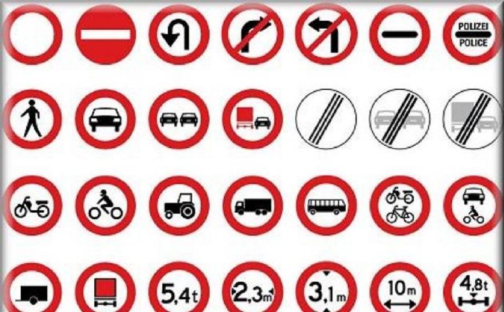 Esame patente, linee guida: manovre, parcheggio rotatorie. Il nuovo testo unico