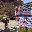 """Ri-scossa dei terremotati: bloccano Salaria con i trattori, """"Rispettate le promesse"""" 7"""