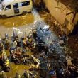 Indonesia, due esplosioni a Giacarta: ci sono vittime 03
