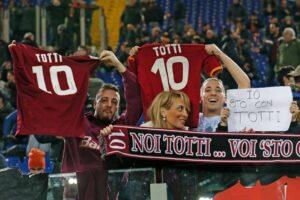 Francesco Totti, la maglia numero 10 sarà lanciata nello spazio