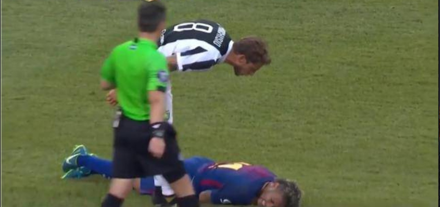 YouTube, Marchisio contro Neymar durante Juventus-Barcellona (International Champions Cup)
