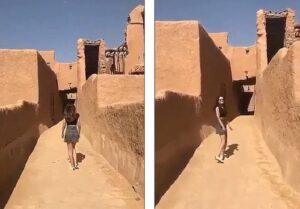 In minigonna cammina fra le rovine: modella Arabia Saudita sfida autorità