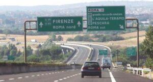 Autostrade: verso aumento 10% pedaggio. Una sentenza del Tar cancella blocco