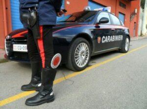 Brescia, rapina a mano armata in poste: arrestato bandito con 6 dita per mano