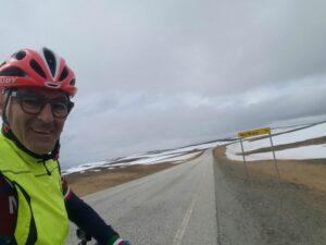 Giuseppe Grottola, poliziotto ciclista: da Taranto fino a Capo Nord in un mese