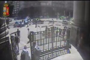 """""""Voglio morire per Allah"""": immigrato accoltella poliziotto a Milano"""