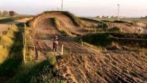 Andrea Santi è morto, il motociclista vittima di un incidente al Kross Park 58 di Medolla