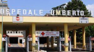Nocera Inferiore, arriva in ospedale con i polsi tranciati: le mani erano in una busta di plastica