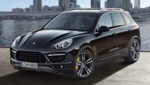 Dieselgate, Germania richiama 22 mila Porsche Cayenne: software illegale sul motore