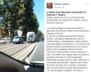 Roma, coppia si attacca al tram 8 e viaggia per Trastevere seduta sul paraurti VIDEO