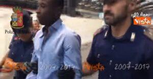 YOUTUBE Solomon Nyantakyi, il video dell'arresto alla stazione di Milano