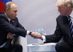 G20, guerriglia urbana ad Amburgo. Trump-Putin: accordo per parziale cessate il fuoco in Siria