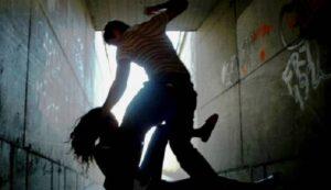 """Pimonte, ragazza di 15 anni abusata da 12 coetanei. Il sindaco Palummo: """"Una bambinata..."""""""