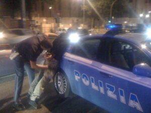 Bussana, poliziotti aggrediti da tre tunisini: agente perde la milza