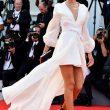 Mostra del cinema di Venezia, Miss Italia Rachele Risaliti, l'abito con lo spacco