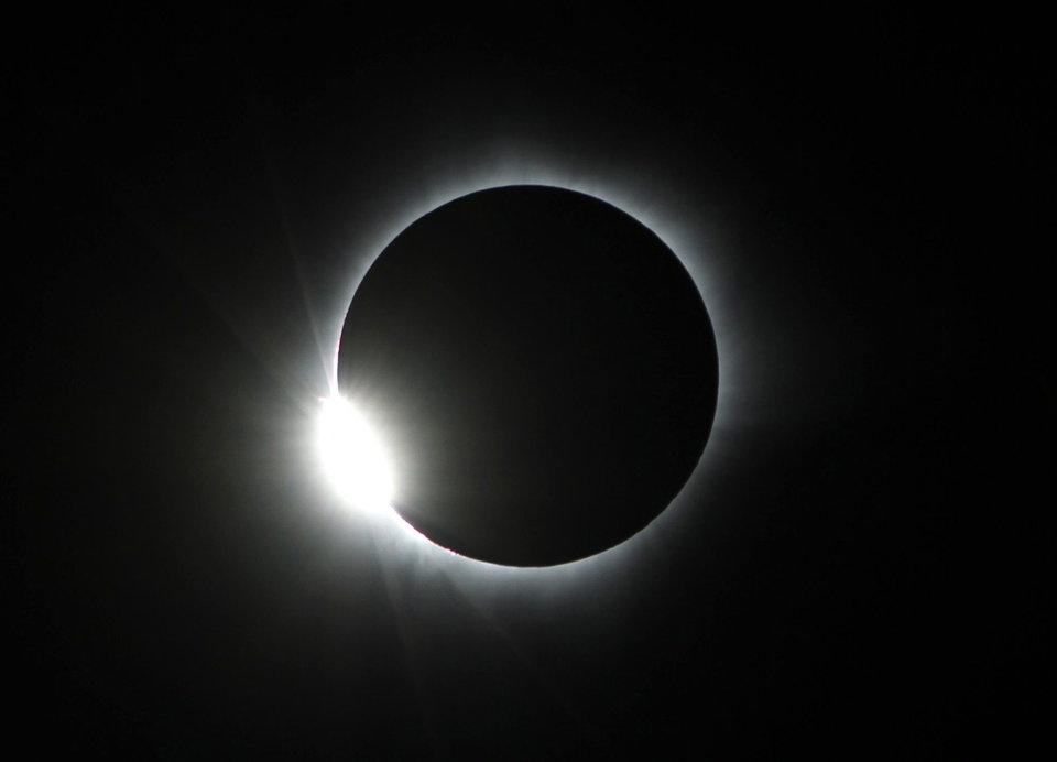 Eclissi totale di Sole il 21 agosto: Usa al buio, la prossima in Italia nel 2026