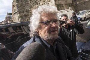 C'è una talpa vicino a Beppe Grillo, democrazia diretta o secchio bucato?