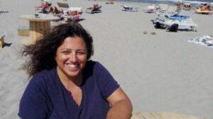 "Manuela Macario, presidente Arcigay, sgridata in spiaggia: ""Certe cose non si fanno"""