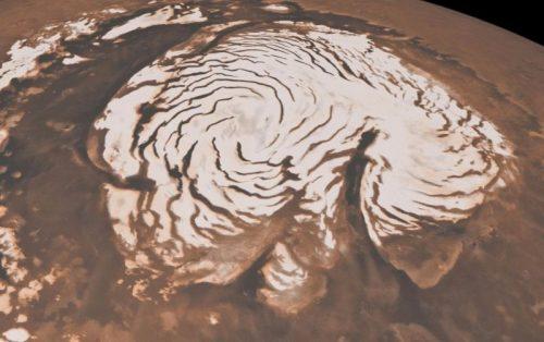 Neve su Marte, così la notte porta le tempeste