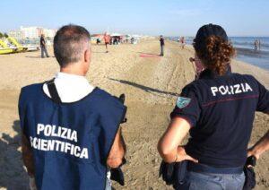 I 4 violentatori di Rimini. Perché i giornali italiani sono stati reticenti a identificarli?