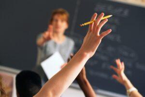 Scuola, via libera alle assunzioni: 58mila tra prof, presidi e personale Ata