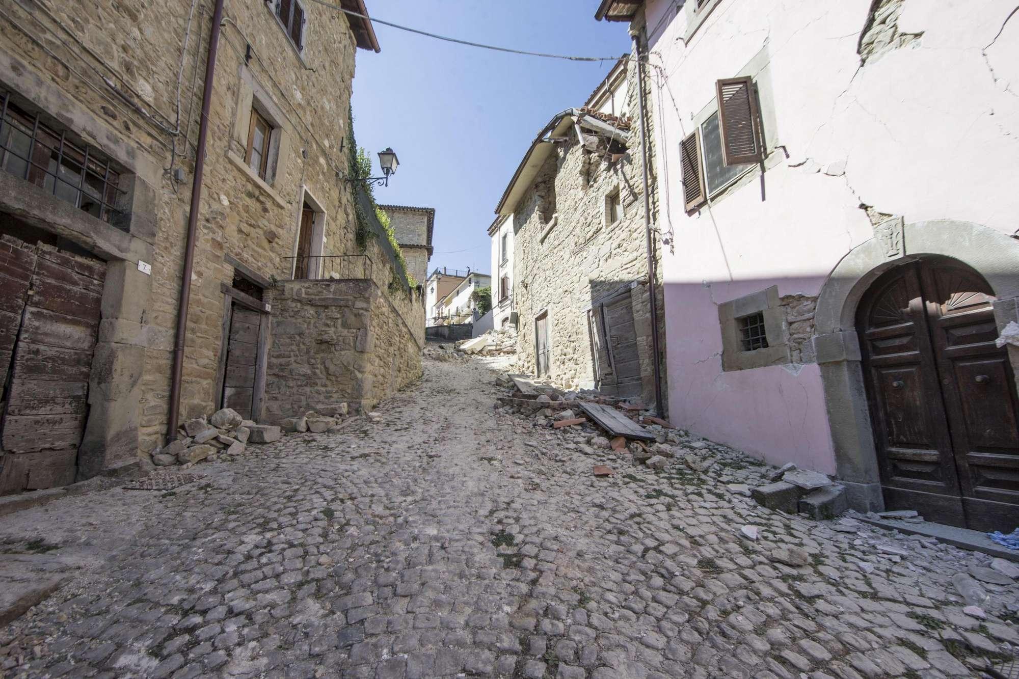 Terremoto del Centro Italia del 2016, ricostruzione. Vasco Errani: non c'è organizzazione. Ora sarà peggio