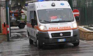 Bertiolo (Udine): trinciatrice di mais gli amputa i piedi: gravissimo 31enne