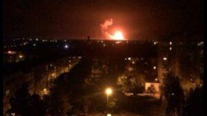 Ucraina, esplode deposito di munizioni a Kalynivka: chiuso lo spazio aereo