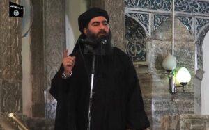 """Isis, ricompare Abu Bakr al Baghdadi. Usa: """"Si temono attentati con droni"""""""