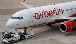 Air Berlin, rivolta piloti: 70 voli cancellati all'improvviso