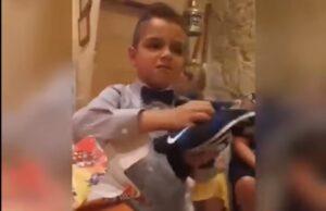 YOUTUBE Bimbo juventino riceve la maglia dell'Inter come regalo e reagisce così