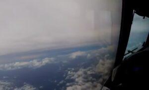 YOUTUBE Con l' aereo dentro l' uragano Irma: in Florida è stato d'emergenza