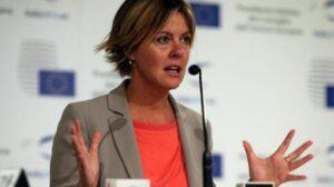 "Vaccini, Beatrice Lorenzin: ""Se ci sono epidemie Regione Veneto responsabile"""