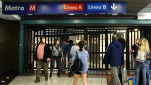 Roma, metro A: stazioni Lucio Sestio, Numidio Quadrato e Cinecittà chiuse per danni maltempo